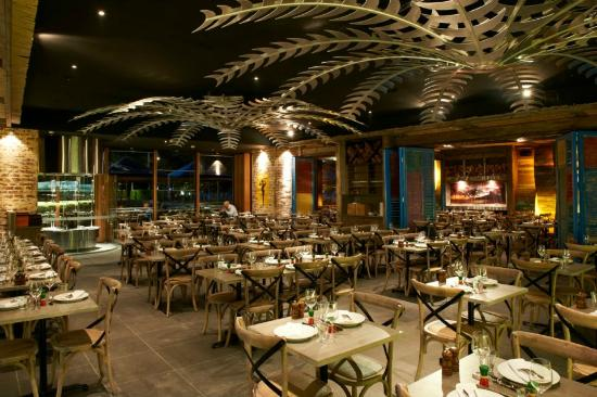Braza darling harbour main dining room picture of braza for Best dining rooms in sydney