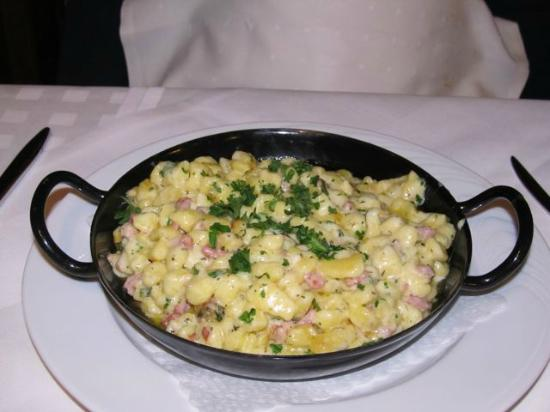 O drei Restaurant: The best spaetzle anywhere!