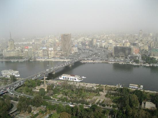 برج القاهرة: ... 