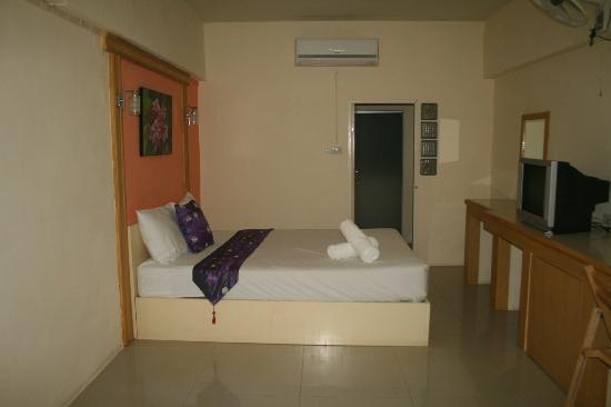 Port 43 Residence Suvarnabhumi Airport : Habitacion