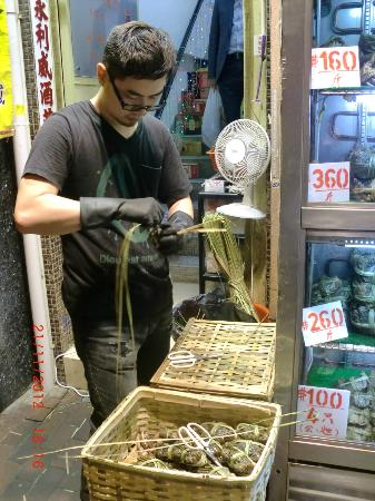 Citadines Mercer Hong Kong: Crab shop