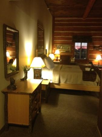 Stoney Creek Hotel & Conference Center - St. Joseph: Cattleman's Lodge room