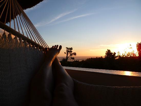 Camps Bay Ridge Guest House: Relaxen in der Hängematte