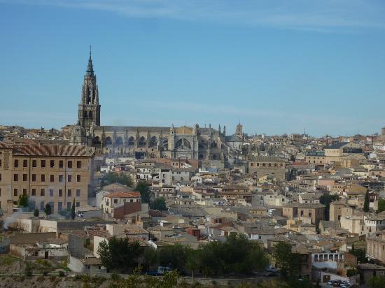 Apartamentos turisticos Casas de los Reyes: Толедо