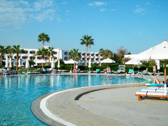 Baron Resort Sharm El Sheikh: Poolside