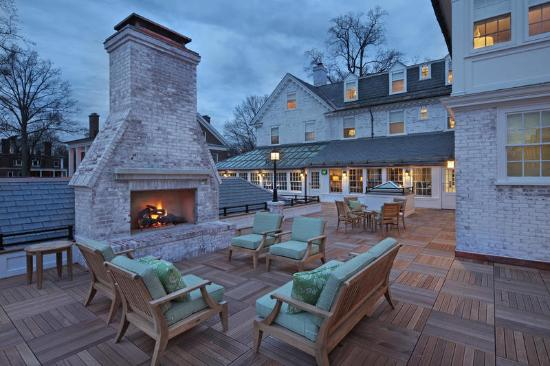 Lord Jeffery Inn: Rooftop Deck and Gathering Space