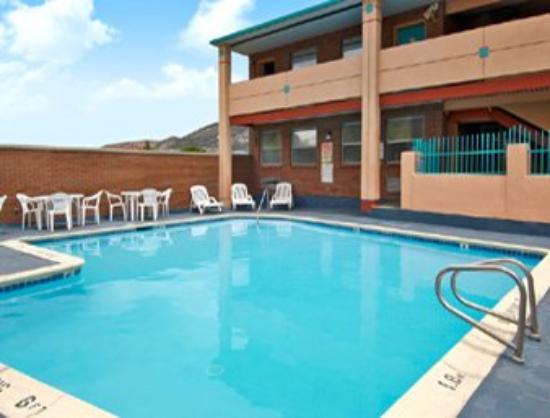 Knights Inn Cedar City: Recreational Facility