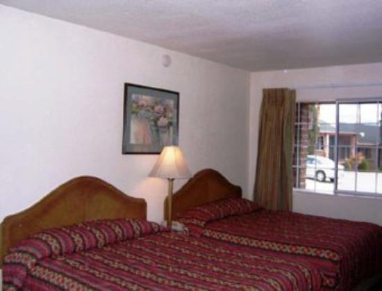 Tri State Inn : Guest Room
