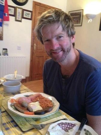 Castle Lodge Bed & Breakfast: Full Fry Up to start the Day