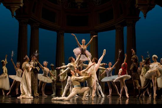 Royal Winnipeg Ballet: The RWB Company in Sleeping Beauty