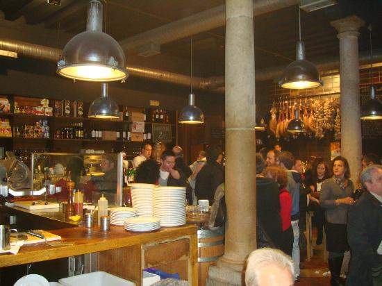 Vinotinto : Interior del bar