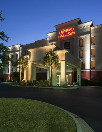 Hampton Inn & Suites Mobile/I-65 at Airport Blvd