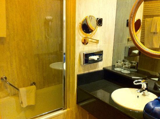 Melia Royal Alma: Baño