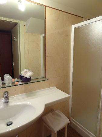 Hotel Al Sole: Bathroom