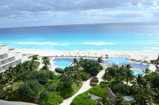 Live Aqua Beach Resort Cancun: View from the room on 6th floor