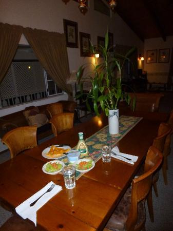 Lokahi Lodge: Esstisch