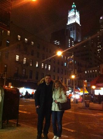 Cosmopolitan Hotel - Tribeca: Difronte l' hotel Cosmopolitan