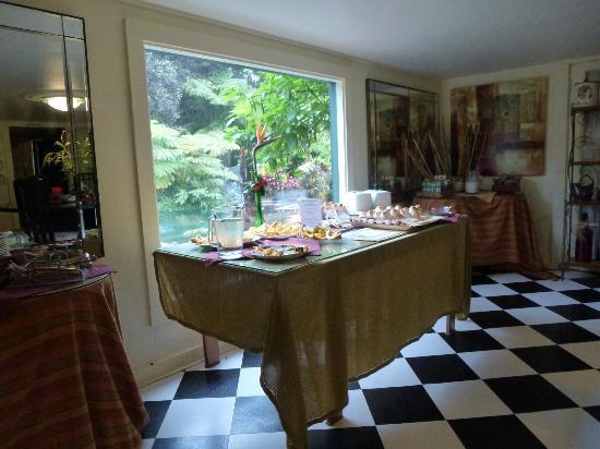 Lokahi Lodge: Frühstück