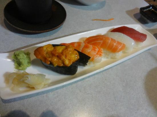 Photo of Japanese Restaurant Le Cafe Michi at 1802 Pharmacy Avenue, Toronto, Canada