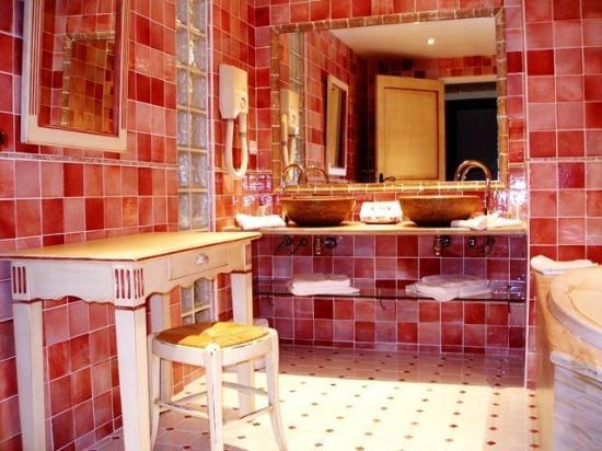 Hotel Omega : Bath