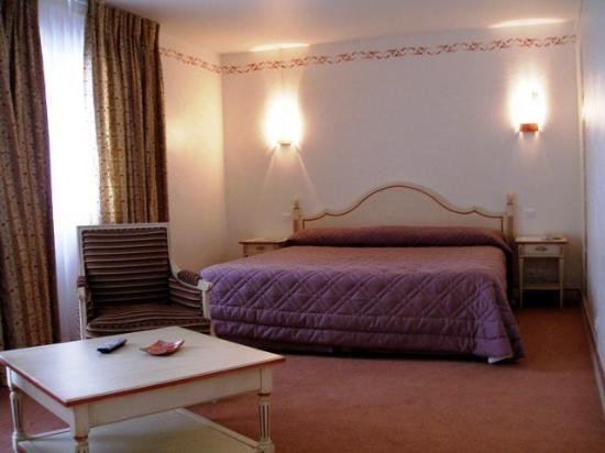 Hotel Omega : Chambre