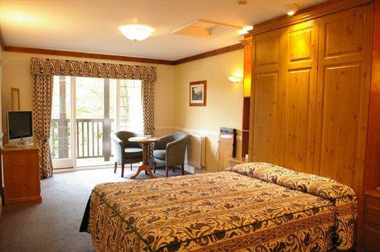 Photo of Farnham House Hotel