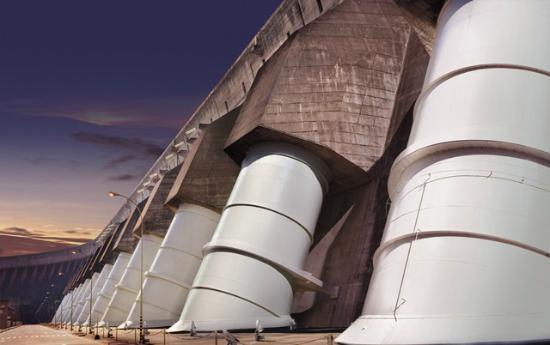 Centrale hydroélectrique d'Itaipu