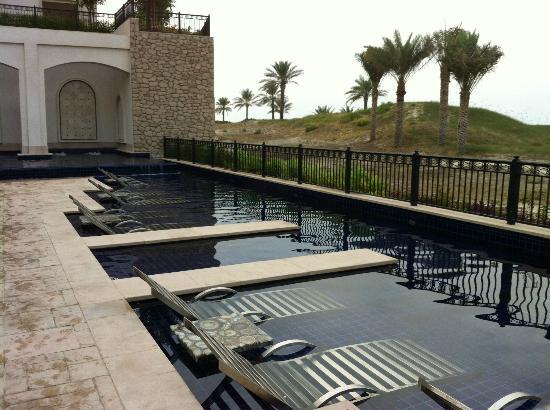The St. Regis Saadiyat Island Resort: Adult Pool