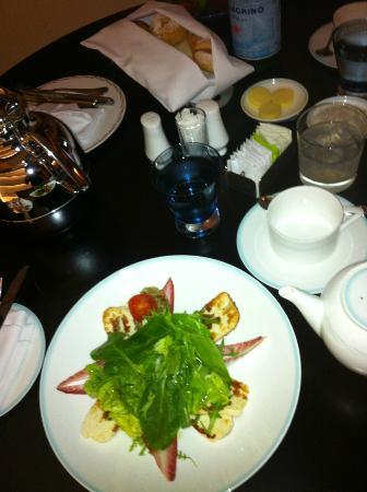 The St. Regis Saadiyat Island Resort: Private Dining