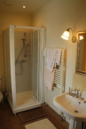 Baytree House Bed and Breakfast: Bathroom