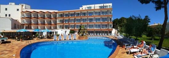 Hotel Clumba Exterior view
