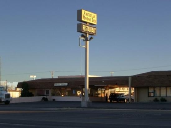American Motor Inn: Exterior NRAMER