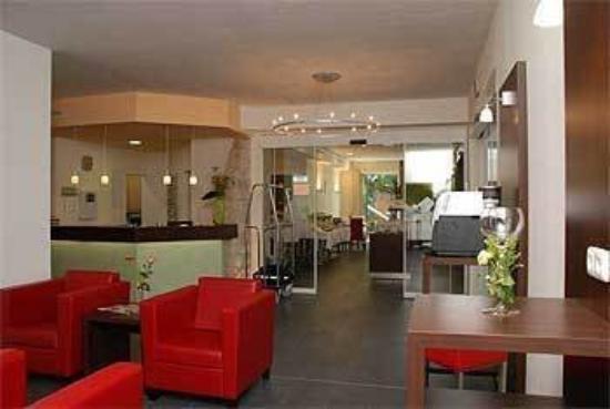 BEST WESTERN PLUS Aalener Roemerhotel: Lobby View
