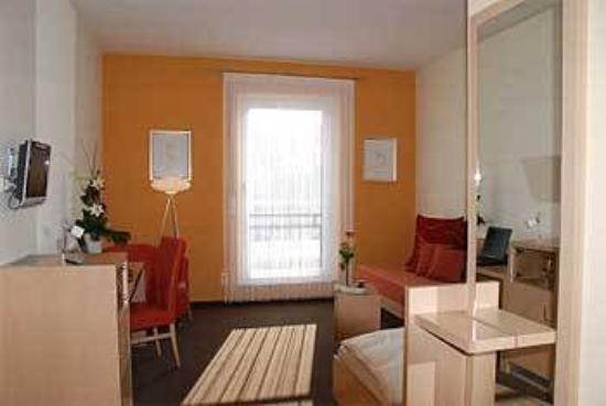 BEST WESTERN PLUS Aalener Roemerhotel: Guest Room