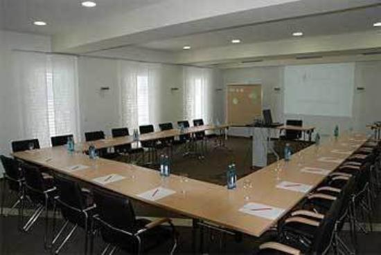 BEST WESTERN PLUS Aalener Roemerhotel: Meeting Room