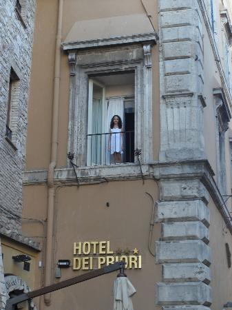 """Hotel Dei Priori: """"Da janela lateral...do quarto de dormir..."""""""