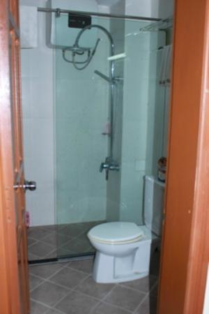 New Vision Hotel : Bathroom