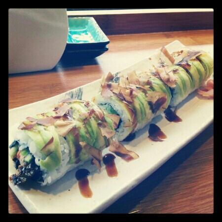 Sushi & Roll: Blue Dragon Roll