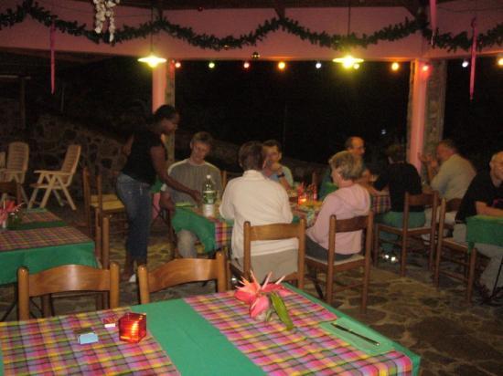 The Tamarind Tree Hotel & Restaurant : Restaurant