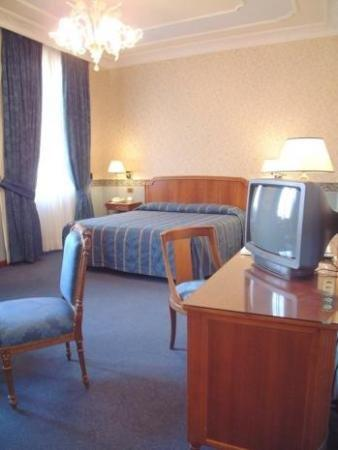 Strozzi Palace Hotel: Double Room