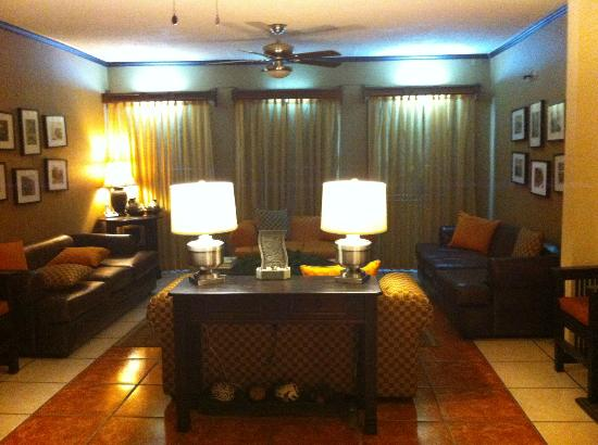 Hotel Humuya Inn: lobby area