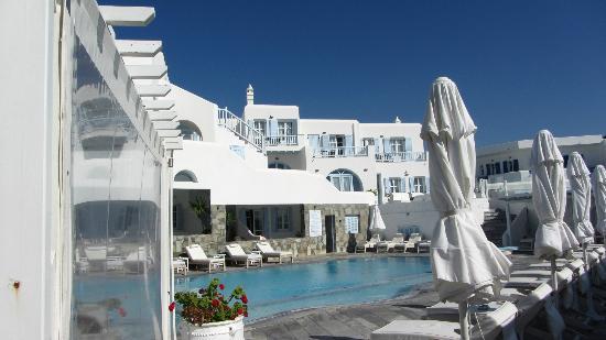 Petinos Beach Hotel : The White & light blue view