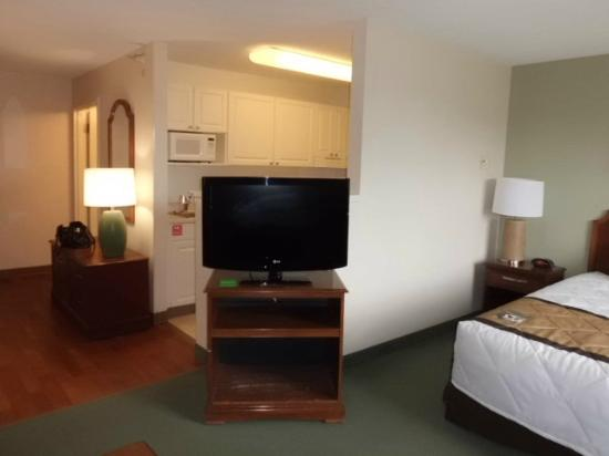 Extended Stay America - Philadelphia - Mt. Laurel - Pacilli Place: TV