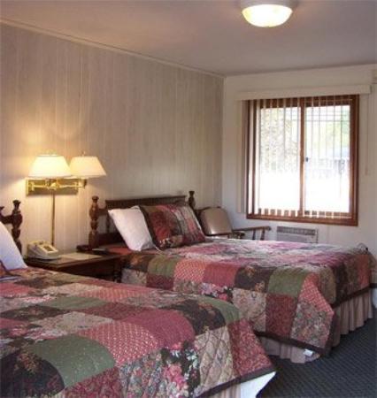 The Kancamagus Lodge: Standard Room