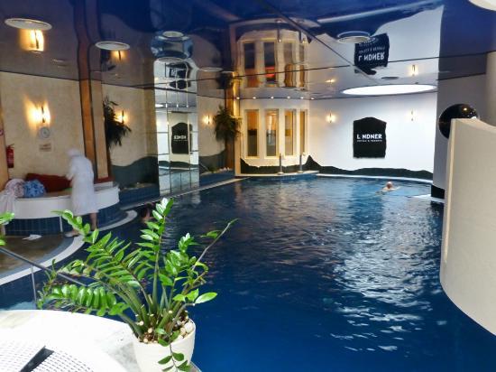 Lindner Hotel and Spa Binshof: Thermalbad mit wenig Platz