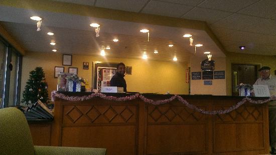 BEST WESTERN Rochester Marketplace Inn: front desk