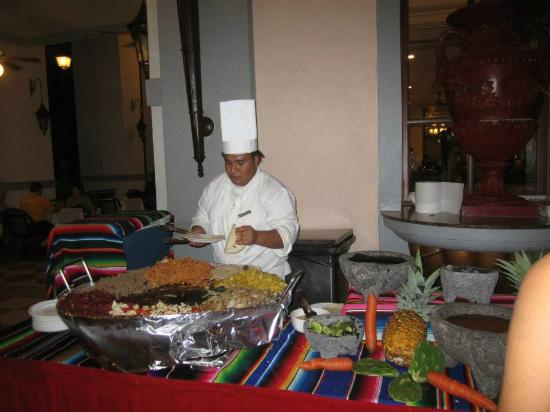 ClubHotel RIU Jalisco: Making Burritos at the Buffet