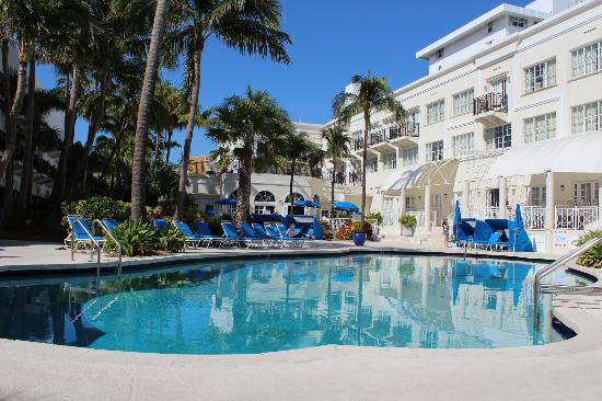 Pool Area Picture Of The Savoy Hotel Beach Club Miami