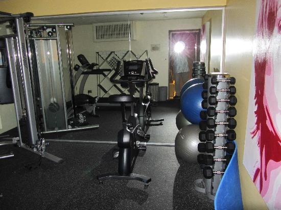 โรงแรมวังส์: Gym