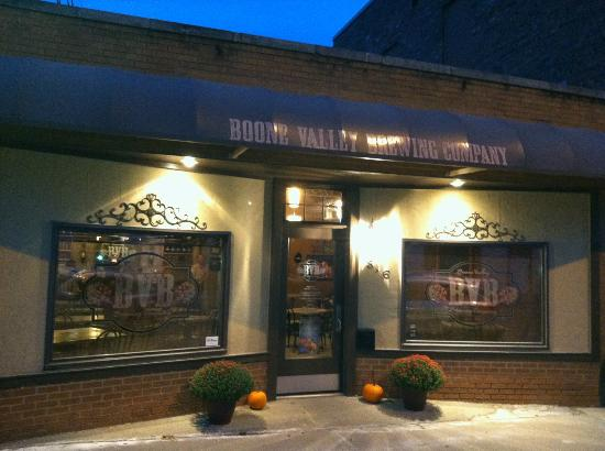Boone Valley Brewing Company: Entrance